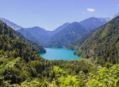 Абхазия закрылась для туристов на карантин