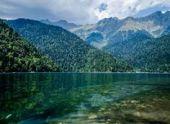 В Абхазии за проезд к озеру Рица продали рекордное количество билетов
