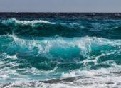 В Абхазии закрыли купальный сезон